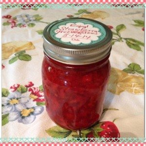 pint jar of strawberry preserves