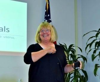 Sue Webb teching class on Native Plants