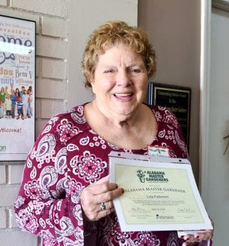 Lola Patterson gets certificate