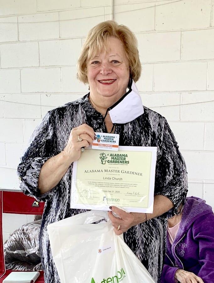Linda Church gets certificate
